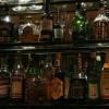 שתייה חריפה קטלנית: איך לזהות אלכוהול מזויף ?
